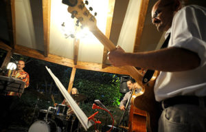 Pirimpum Quartet clarinetto batteria cotrabbasso chitarra
